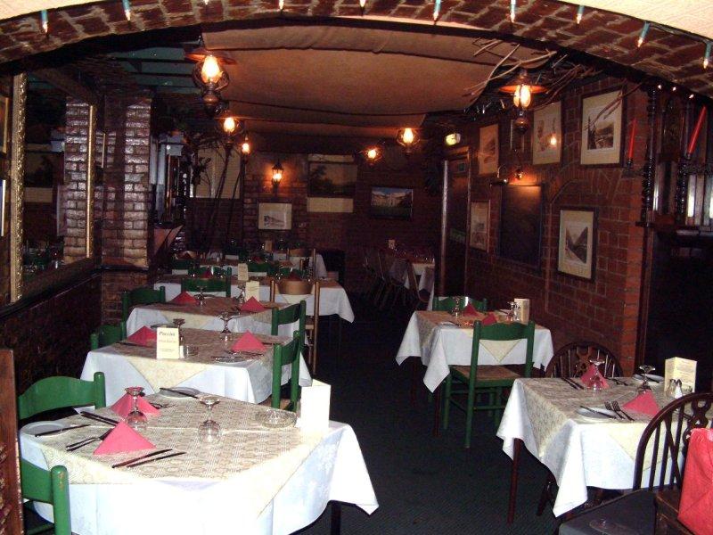 Italian Restaurant Pudding Chare